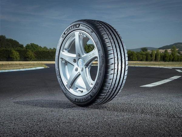 Michelin Pilot Sport 4 - nova generacija pneumatika koja nudi savršenu ravnotežu između užitka i sigurnosti